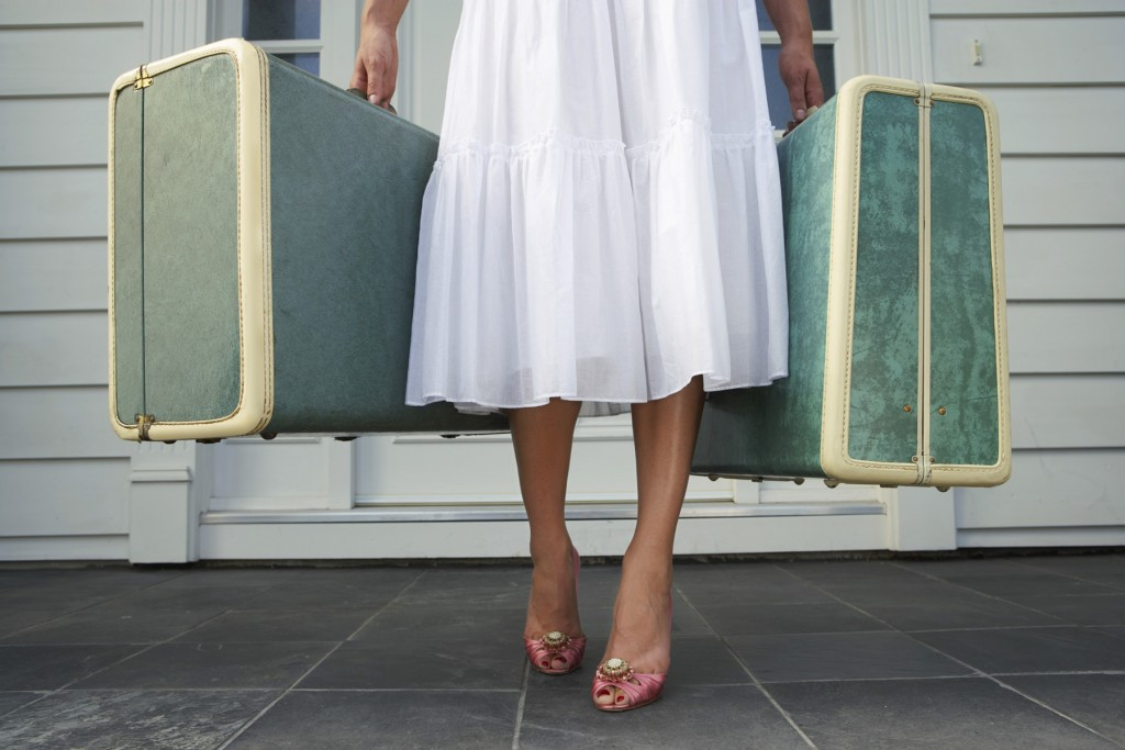 woman-suitcase